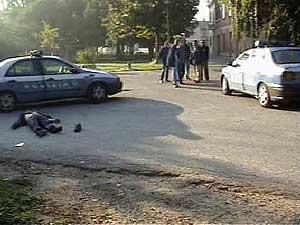 8425701_la-morte-di-federico-aldrovandi-il-gup-ha-condannato-tre-poliziotti-per-depistaggi-nelle-indagini-0